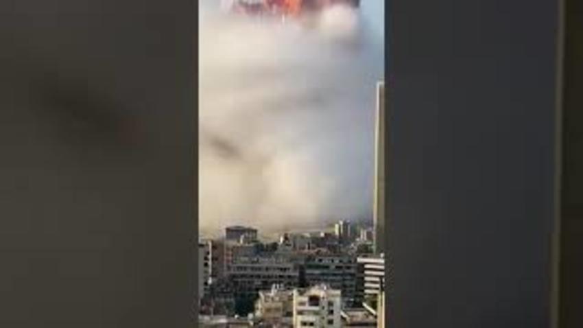 Esplosione sconvolge Beirut